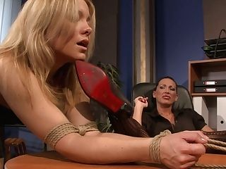 Horny Female Chief Is Too Depraved Tonight In Her Office