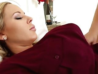 Olivia Gets Some G/g Room Service From Brooke