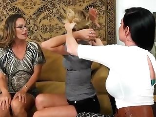 Truly Stunning Sapphic Threesome With Stunning Whores!