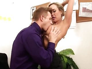 Hot Office Lady Brandi Love Entices Her Junior Chief